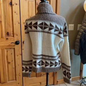 Chaps Sweaters - Tribal brown and cream cardigan